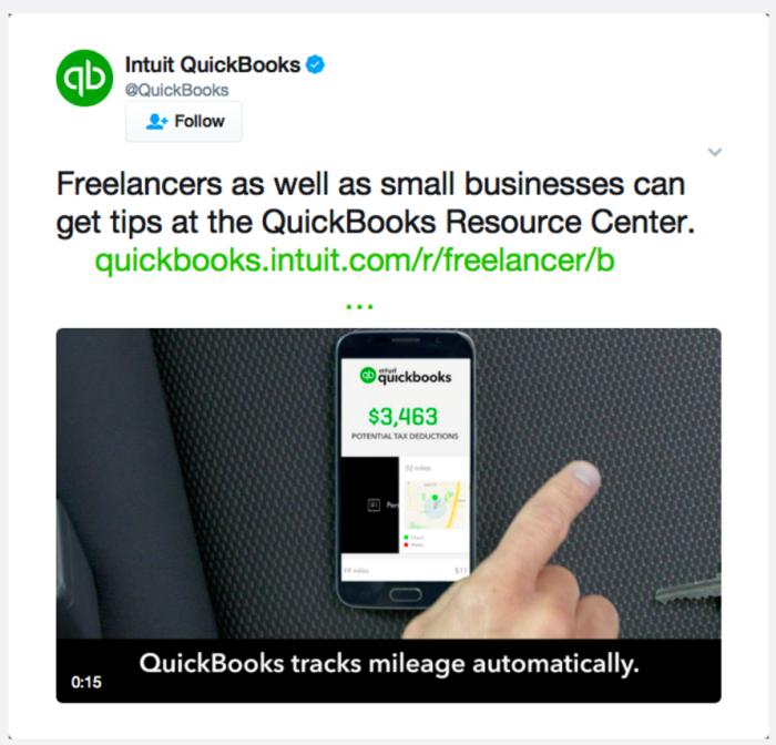 Ретаргетинг в Facebook – пример QuickBooks, предложение загрузить контент